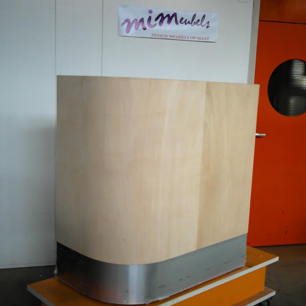 Bar voor verbouwing. MiMeubels, Marianne Meijs, de meubelmakerij.frl. renovatie gebogen vormen